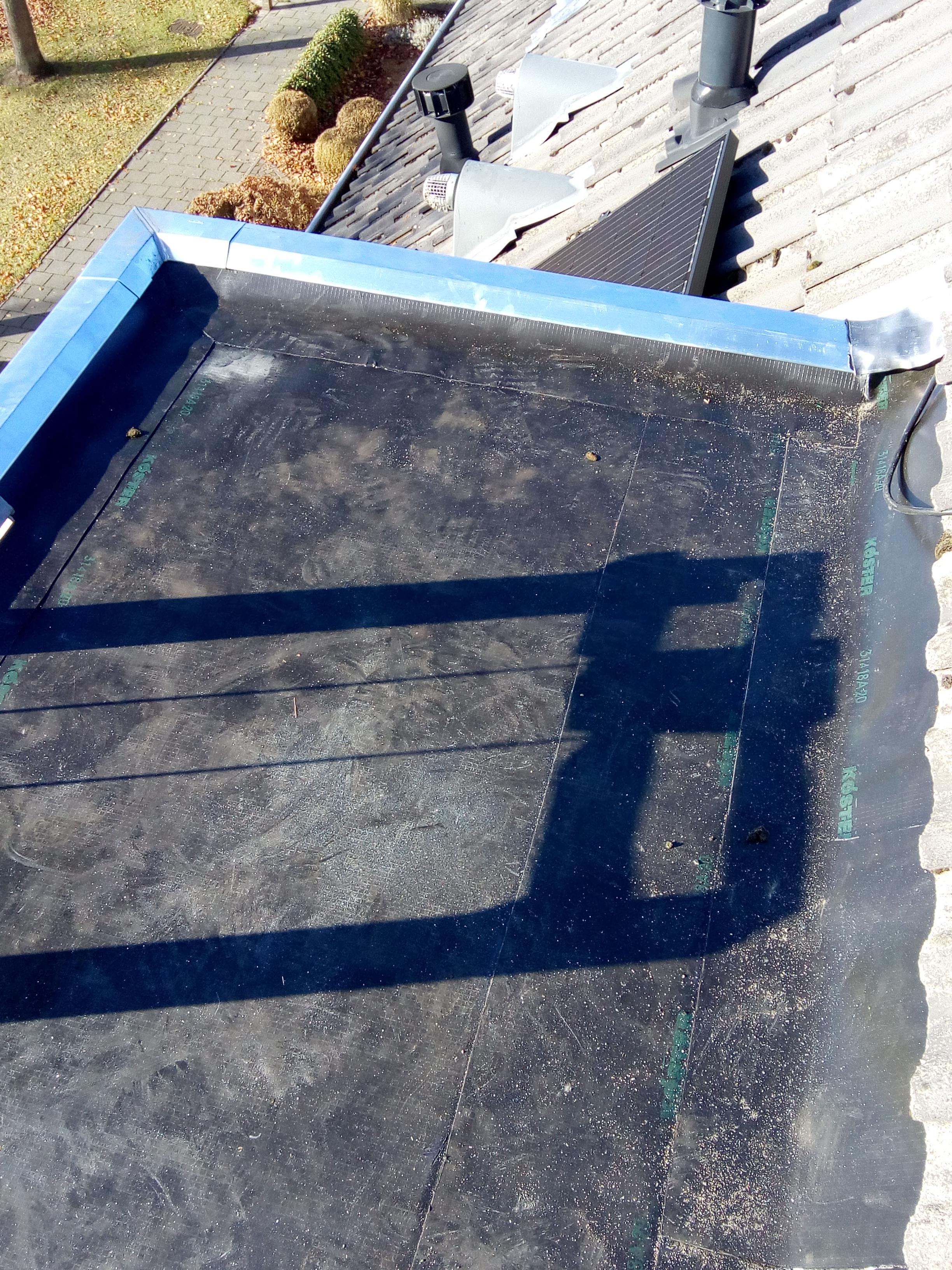 Een dakkapel met ECB kunststofdakbedekking van de dakdekker amersfoort
